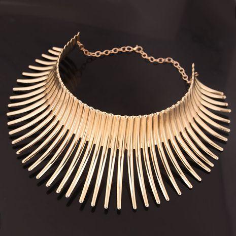 Mode européenne et américaine métal fou bataille hérisson modélisation personnalité exagérée collier collier NHSC189620's discount tags
