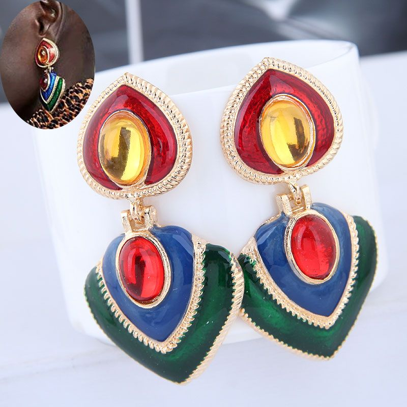 European and American fashion metal contrast color exaggerated earrings NHSC189597