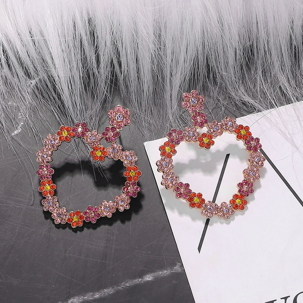 Alloy diamond heart-shaped earrings fashion rhinestone earrings simple jewelry accessories NHJQ191302