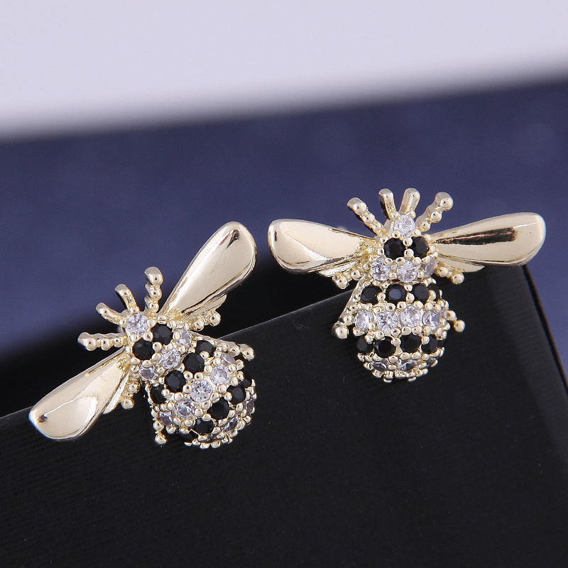 925 Silver Korean Fashion Sweet OL Copper Micro Inlaid Zircon Bee Ear Studs NHSC191288