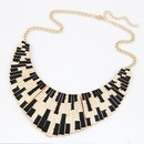 Occident fashion brand punk style metal fan shaped short necklace 212923