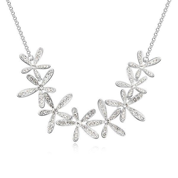 Austrian imitated crystal necklace - Smile blossoming ( White ) 11146