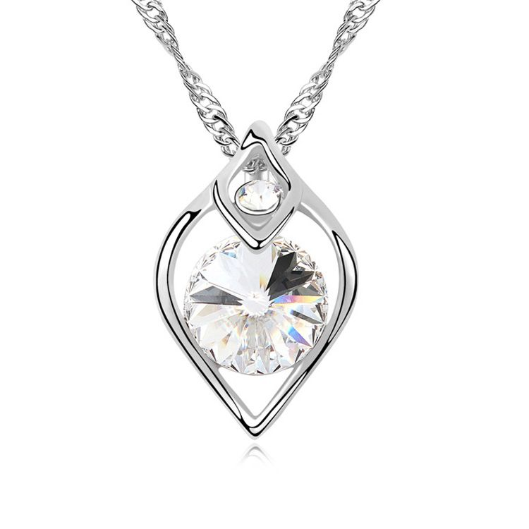 Austrian imitated crystal necklace  Wedding day a dream  White  10948