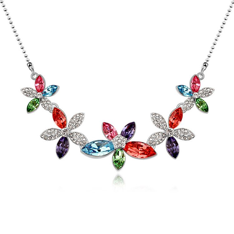 Austrian imitated crystal necklace - Flowers Pinellia ( Color ) 10807