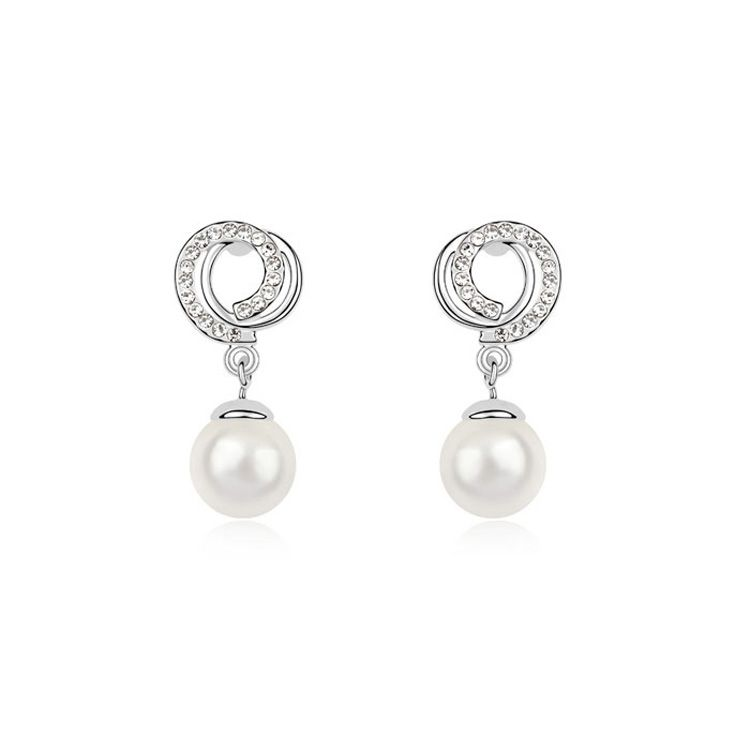 Austria Beads Earring - Congenial affection ( White ) 9661