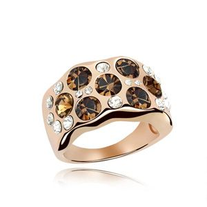 Austrian Imitated crystal Ring - Morning dew ( Rose Alloy + Pale yellow smoke ) 4651