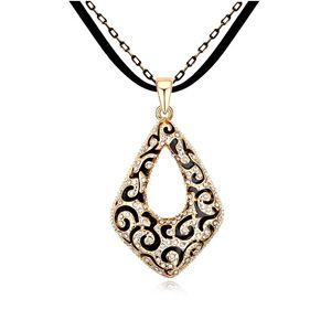 Austrian imitated crystal sweater chain  Love Cube  Black + Champagne Alloy  11870