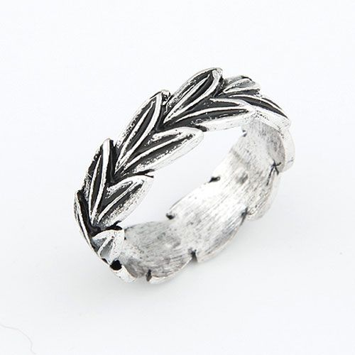 Classic branches and leaves unique ring 210578
