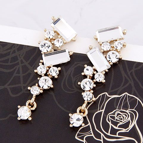 EXQUISITE easy match dazzling gem ear studs 209970