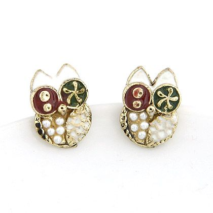 Unique owl beads ear studs ( whtie ) 206335
