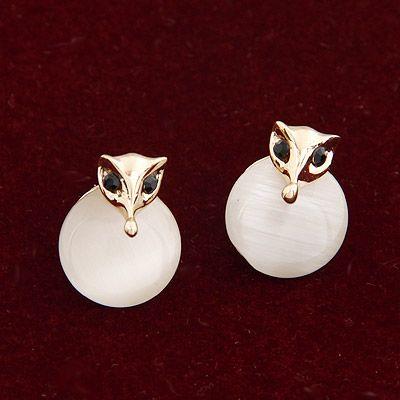 EXQUISITE  cat s eye fox unique ear studs 206053