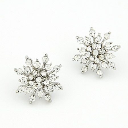 Gem embedded snowflake unique ear studs 203116