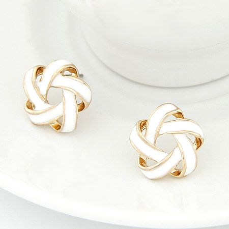 EXQUISITE easy match yarn bead Sweet ear studs white 202608