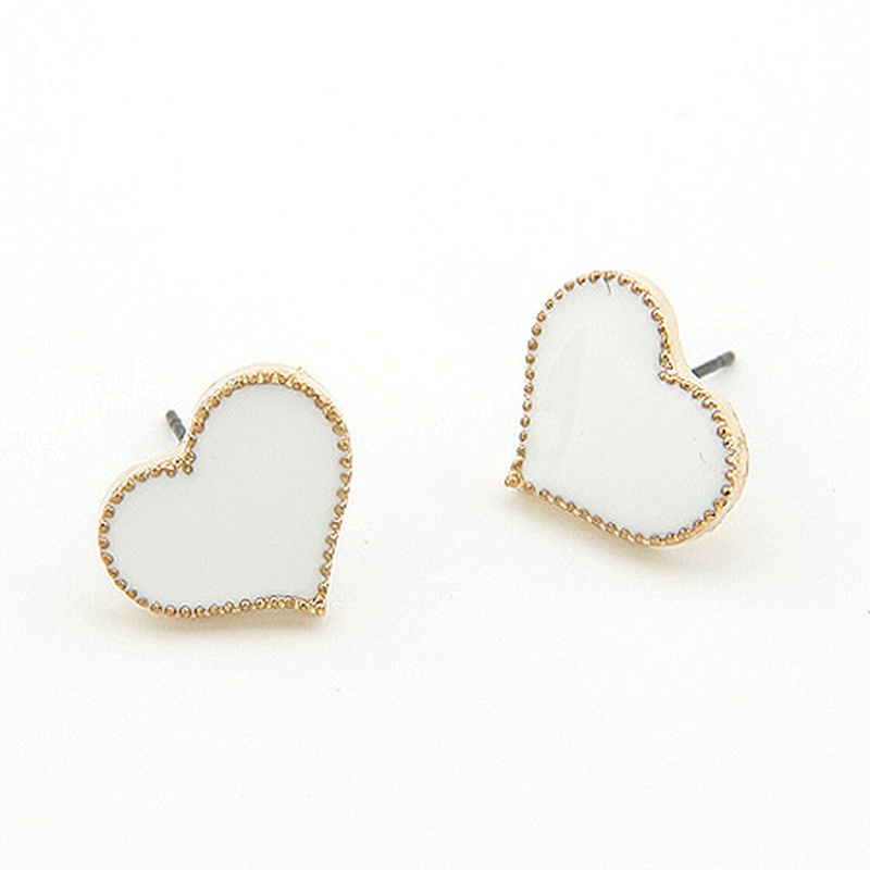 EXQUISITE alloyen edge Sweet heart ear studs white 198052