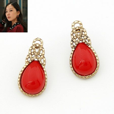 Unique tear drop ear studs red 200835