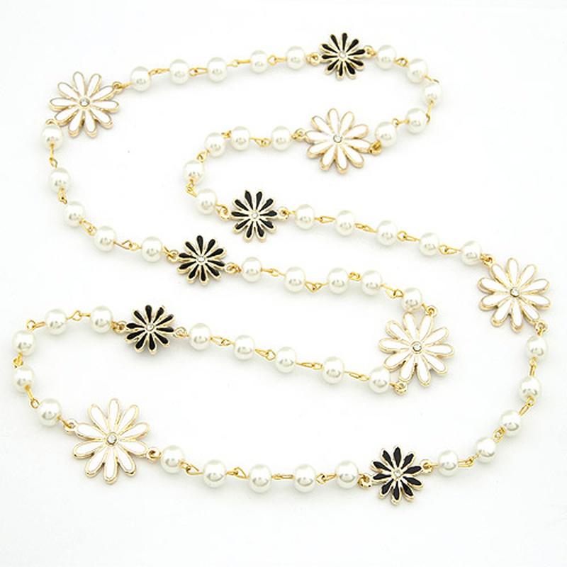 Chrysanthemum Beads sweater chain 198832