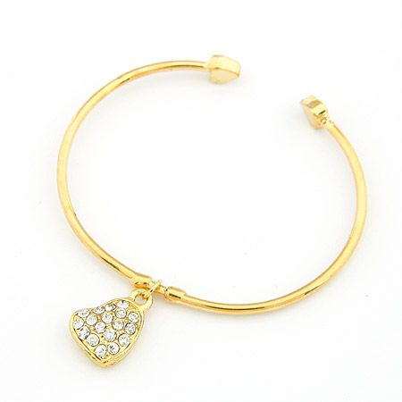 Dazzling heart pendant cuff bangle 198434
