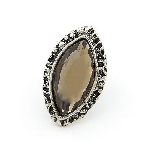 Vintage big eye gem ring 198103