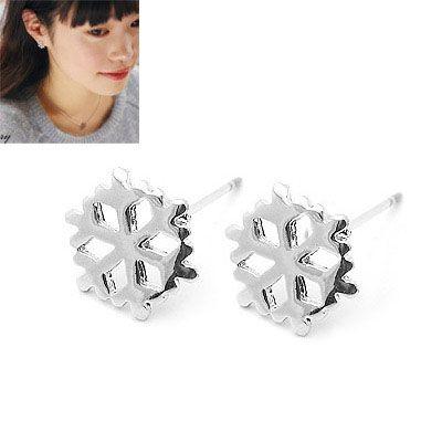 Cute snowflake ear studs 147780