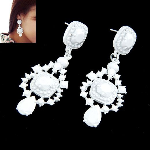 Occident fashion fluorescent olor palace style ear studs ( white ) 211831