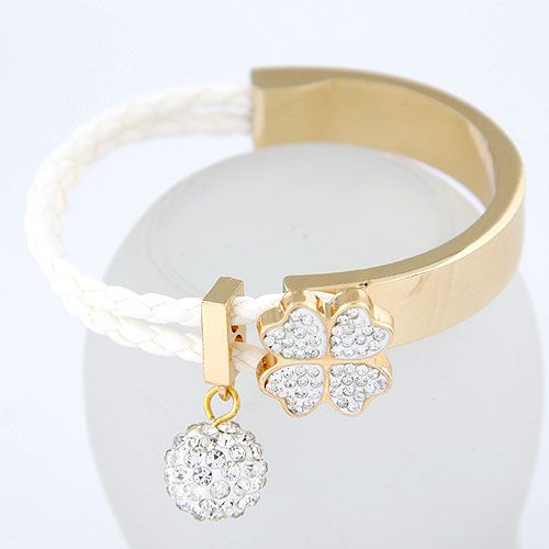 ( Czech imitated crystal + white ) EXQUISITE Sweet gem ball four-leaf clover easy match bangle 213463