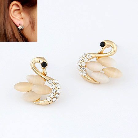 EXQUISITE Sweet creative cat s eye swan princess unique ear studs 213151