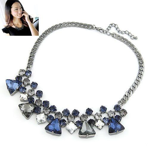 Novel geometry triangle gem luxury short necklace 214443