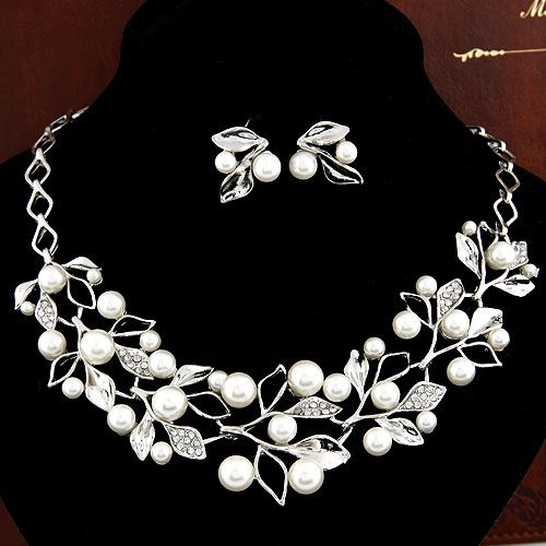Occident fashion gem Beads branch and leaves unique jewelry set ( necklace + ear studs ) 215163