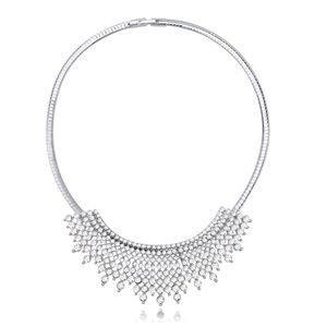 Austrian imitated crystal necklace  style years white 20697