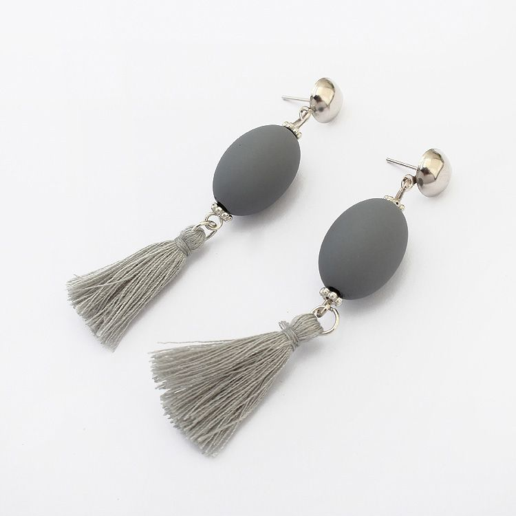 Occident and the United States fashion personality ball tassel earrings (gray) NHNPS2068