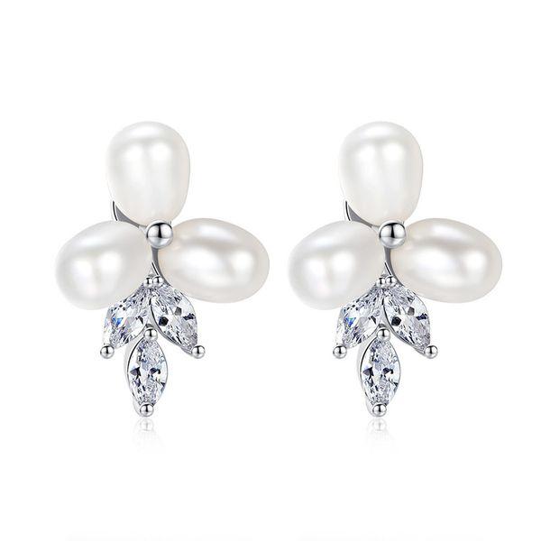 Alloy Korea Flowers earring  (Platinum-T07E16) NHTM0518-Platinum-T07E16