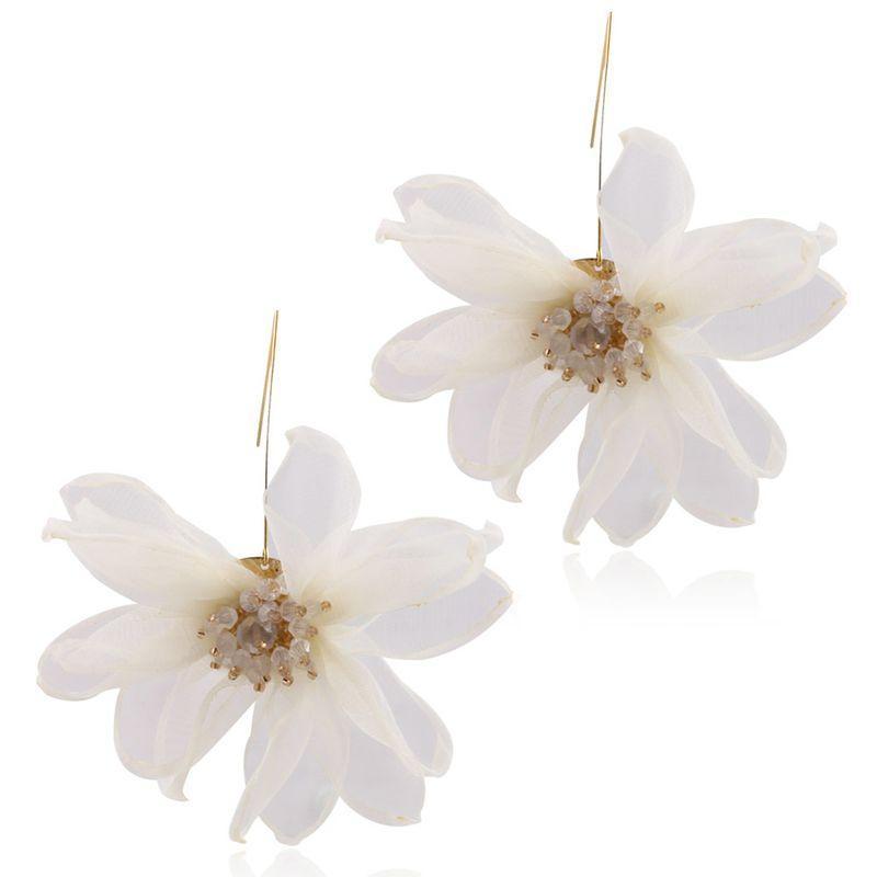 Alloy Korea Flowers earring  (white) NHNMD5004-white