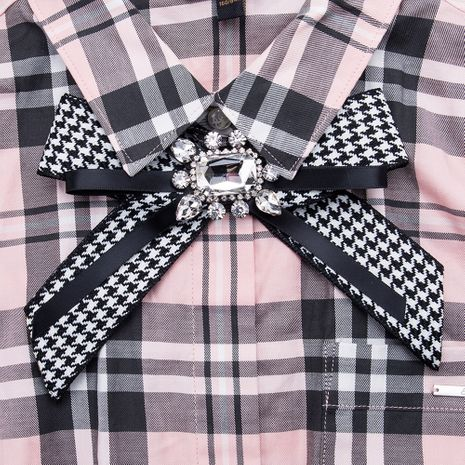 Fashion Alloy Rhinestone brooch Bows (Black and white)  NHJE1155-Black and white's discount tags
