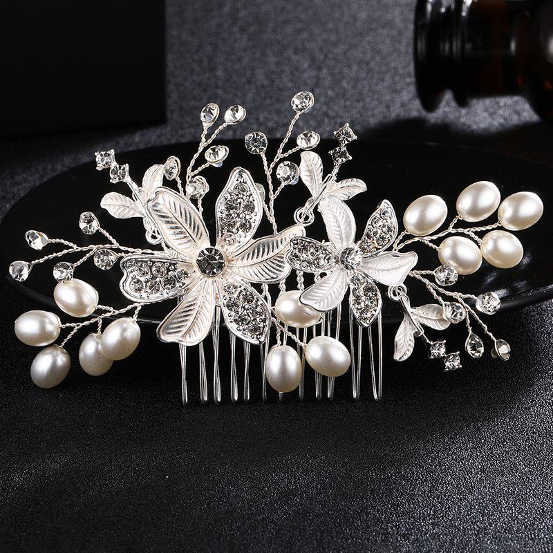 Alloy Fashion Flowers Hair accessories  (white) NHHS0257-white