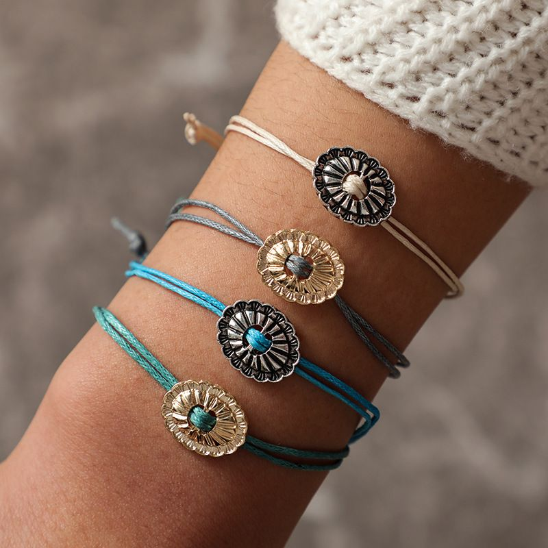 Alloy Vintage Flowers bracelet  (blue)  Fashion Jewelry NHGY2945-blue