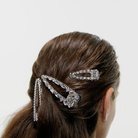 Nueva pinza de pelo de moda con tachuelas de diamantes de aleación NHJQ157518's discount tags