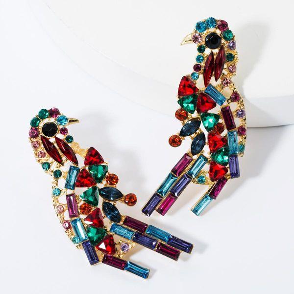 Aretes de urraca de diamantes de color de moda NHJE157781