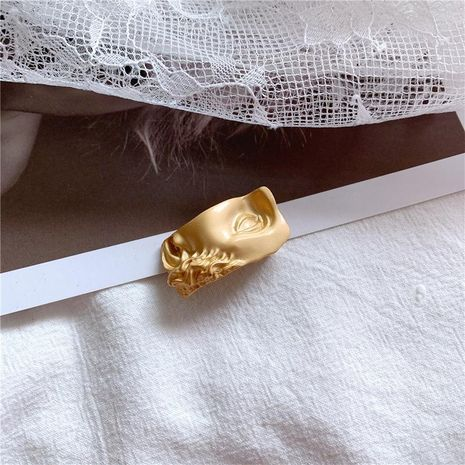 Fashion half face brass small alloy brooch NHYQ158238's discount tags