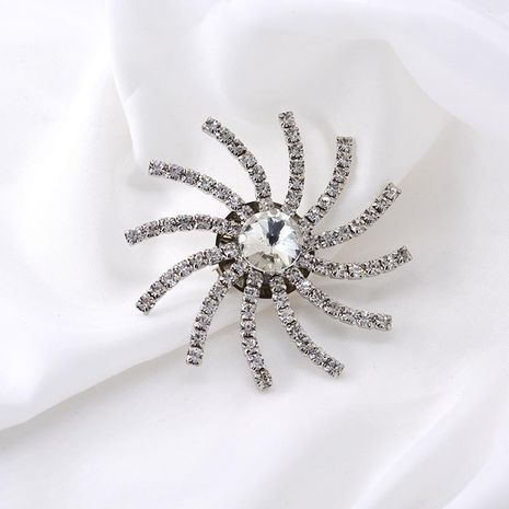 Fashion simple snowflake alloy brooch NHNT158334's discount tags