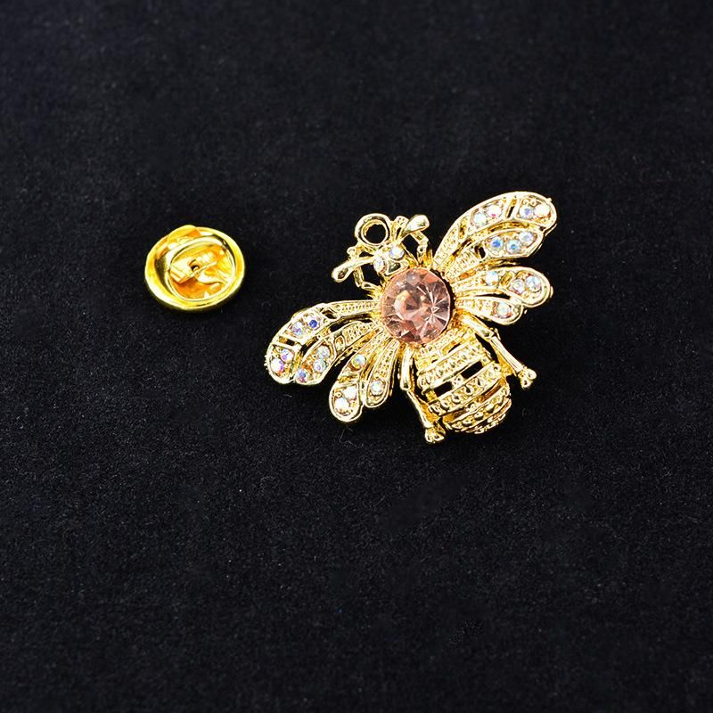 Korean version of the temperament bee alloy brooch NHNT158357