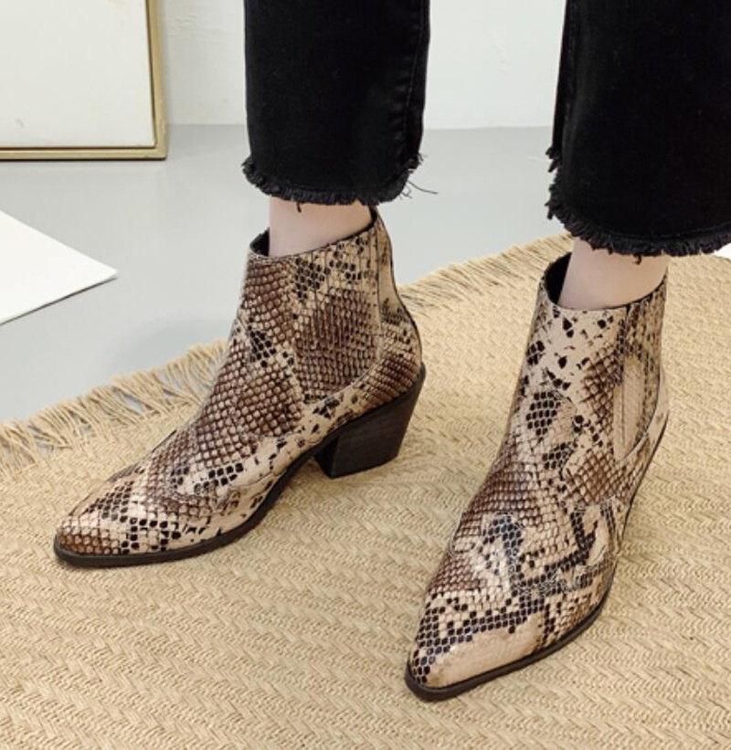Fashion pointed thick with snakeskin bare boots NHSO158488