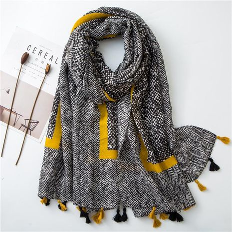 Cotton and linen ladies snakeskin leopard tassel scarf NHGD158495's discount tags