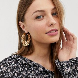 2019 Europe and America exaggerated gold pleated round earrings NHGY170200's discount tags