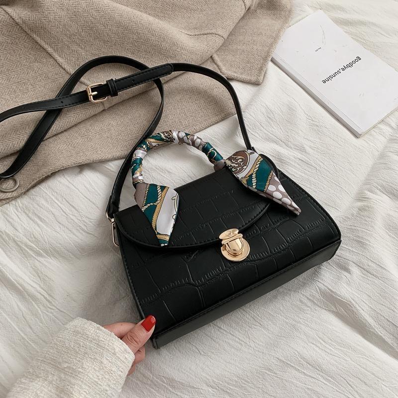 Retro new fashion popular texture shoulder slung small square bag NHTC170882