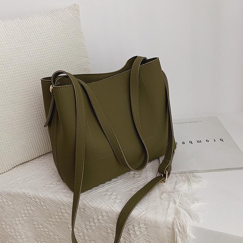 New shoulder bag simple fashion Tot large capacity Messenger bag NHTC170895