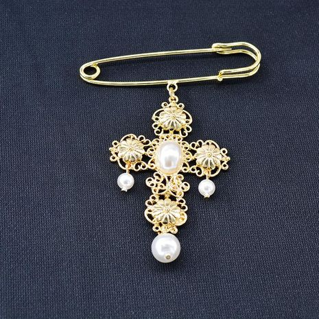 2019 autumn and winter new submetal cross pearl brooch NHNT171066's discount tags