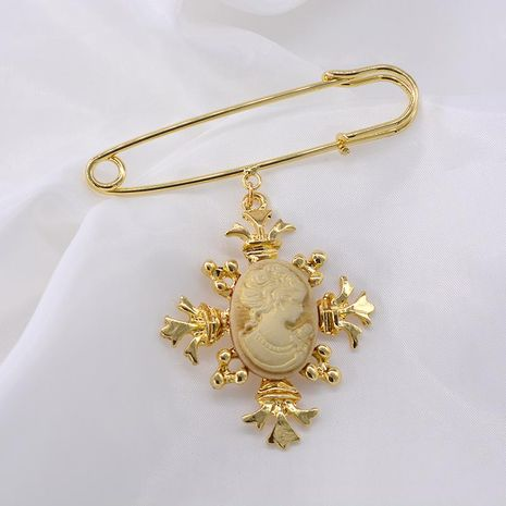 Fashion Vintage Corsage Female Embossed Face Pin NHNT171069's discount tags