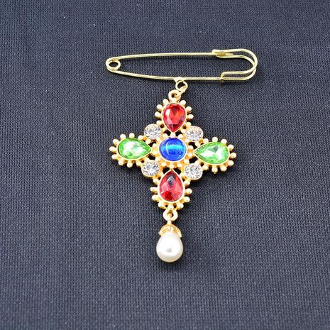 Retro cross crystal brooch anti-lighting pin NHNT171067's discount tags