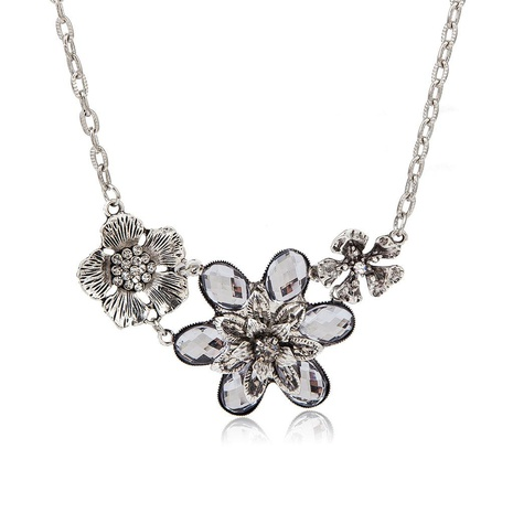 Fashion pattern artificial gemstone three flower clavicle chain flower necklace NHDP171411's discount tags