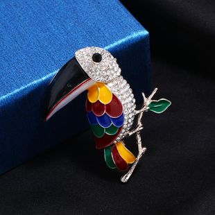 New color rhinestone animal big mouth woodpecker brooch NHKQ171296's discount tags